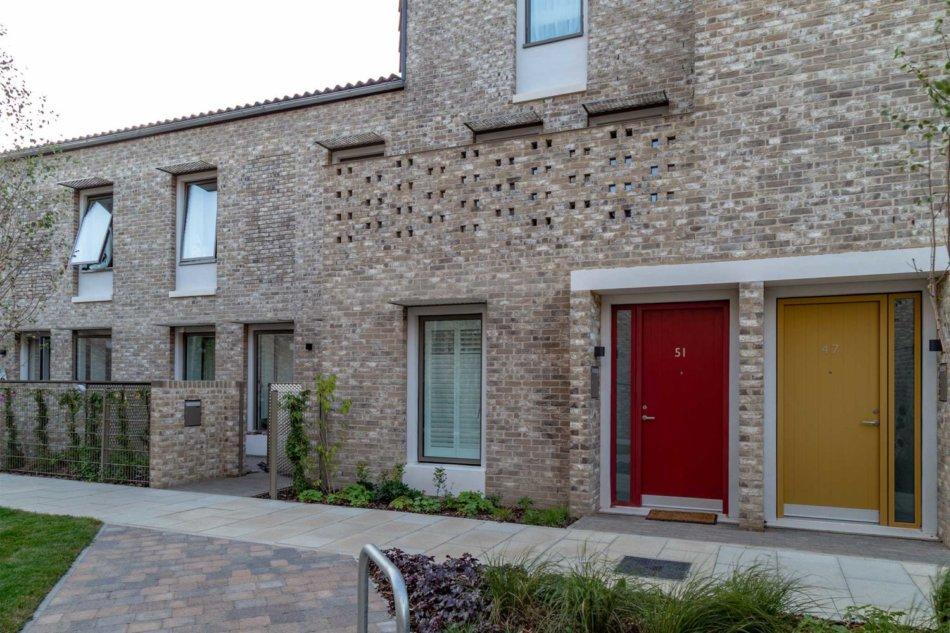 Goldsmith Street med Idealcombi vinduer og døre - Passivhus